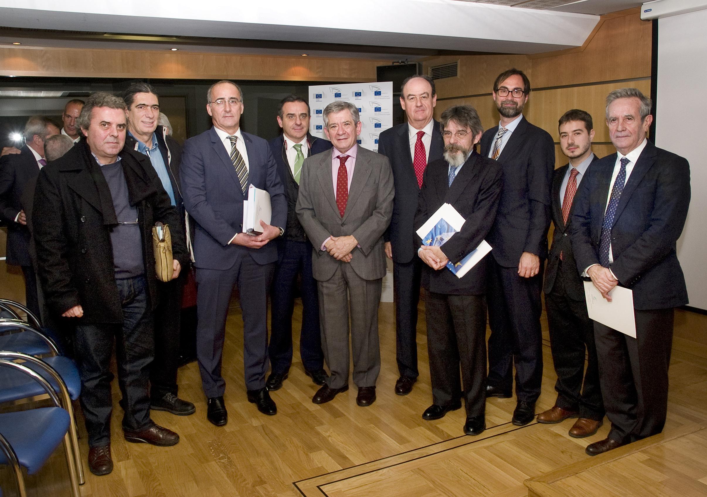 Alonso & Asociados presenta su estudio sobre régimen jurídico-laboral de la carretera en Europa