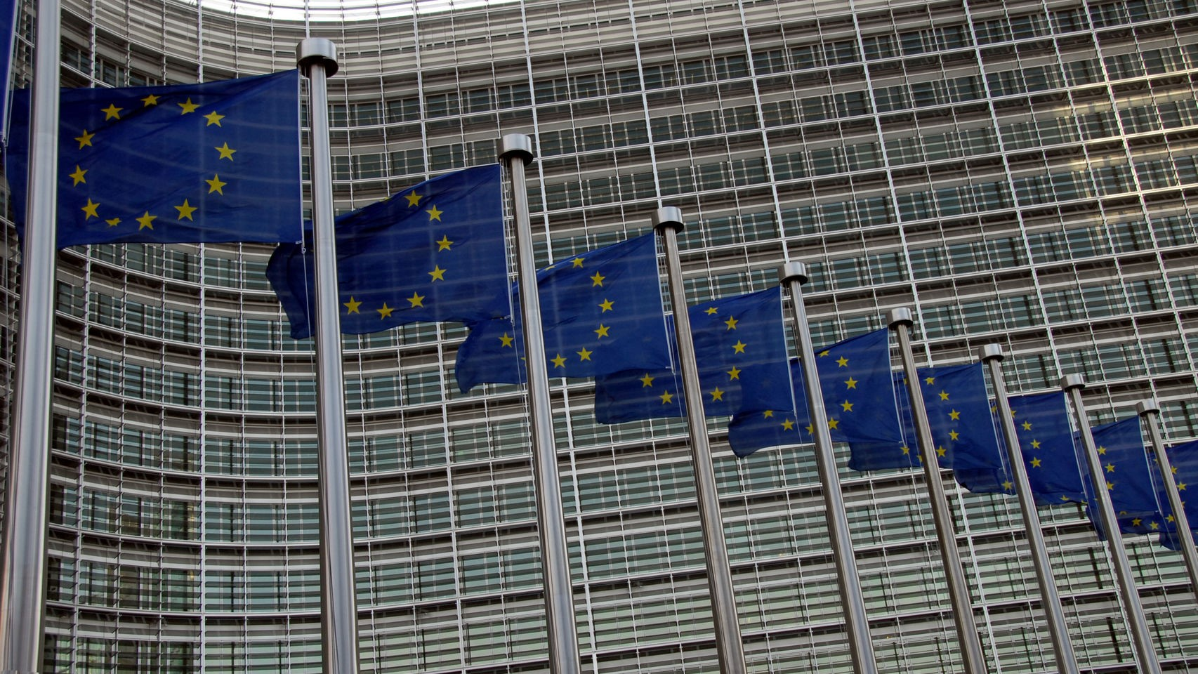 "Comitology and next European elections in 2019: The Commission puts a ""partial"" hold"